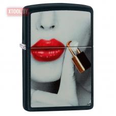 Зажигалка Zippo Lips Locked - Black Matte